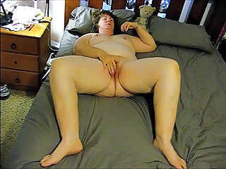 Amateur BBW Homemade Masturbating Mature Wife