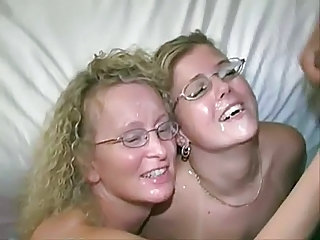 Amateur Cumshot Facial Glasses Groupsex MILF Swingers