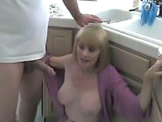 Blowjob Kitchen Mature