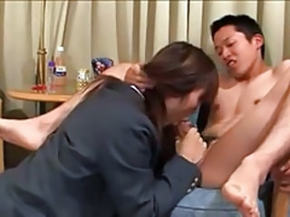 Asiatisk Blowjob CFNM Tenåring