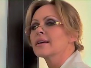 Cuckold Glasses MILF