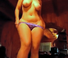 Amateur Chubby Panty SaggyTits Stripper