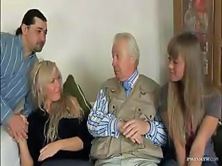 Amazing Daddy Daughter Family Groupsex Old and Young Teen
