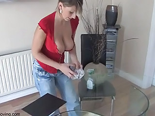 Big Tits Cash Mom