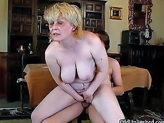 Big Tits Mature Mom Natural Old and Young Riding