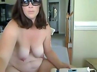 BBW Masturbating MILF Nipples SaggyTits Webcam