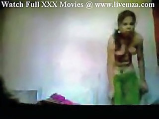Indian Sweeper Maid Fucking Home Boy