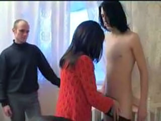 Amateur Mature Mom Old and Young Threesome