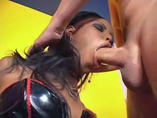 Deepthroat Ebony Latex MILF