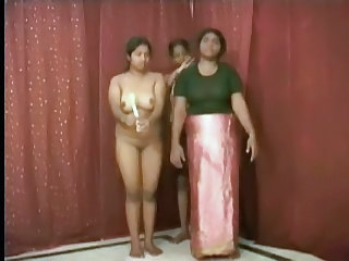 Indian Aunty 1071