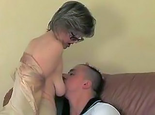 Amateur Anal Glasses Mature Mom Old and Young Russian SaggyTits