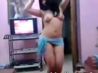 Arab Dancing Webcam