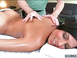 Massage MILF Pornstar