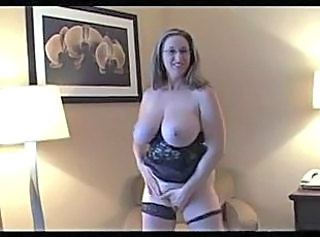 Amateur Big Tits Chubby Glasses MILF Natural