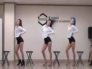 Asian Dancing Daughter Korean