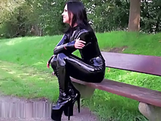 Latex Outdoor Teen