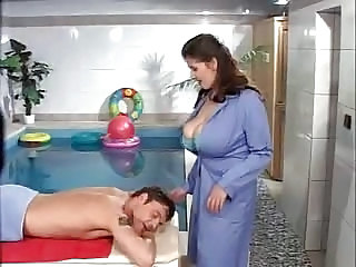 Big Tits Mature Pool Vintage