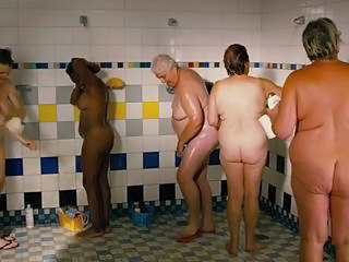 Michelle Williams and Sarah Silverman nude shower scene