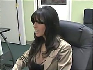 Brunette Cute MILF Spanish