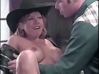 Cowboy goes down on a slutty girl in the bar tubes