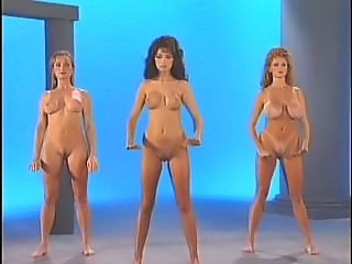 Dancing Erotic MILF Nudist