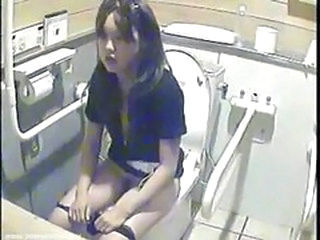 Asian Teen Toilet Voyeur
