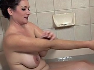 Amazing Bathroom Chubby Mature SaggyTits