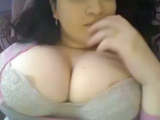 Big Tits Bus Chubby Natural Webcam