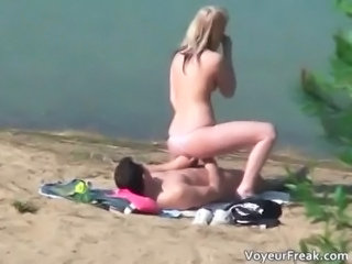 Beach Extreme Girlfriend Nudist Outdoor Teen Voyeur