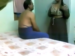 Indian Maid Voyeur