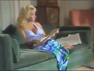 Blonde Erotic MILF Mom Vintage