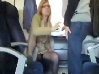 Amateur Glasses MILF Public