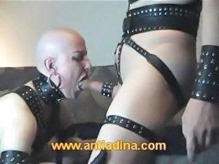 Blowjob Fetisj Goter Latex Piercing