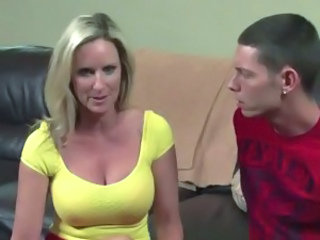 Big Tits MILF Mom Natural Old and Young