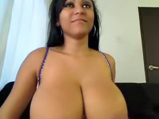 Big Tits Latina MILF Natural Webcam