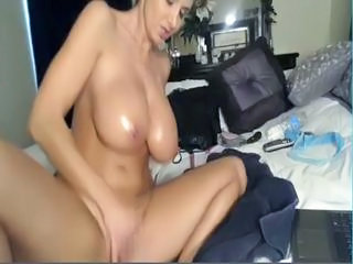 Big Tits Masturbating MILF Natural Oiled Solo Webcam