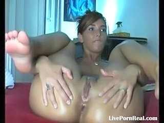 Brunette Masturbating Pussy Solo Teen Webcam