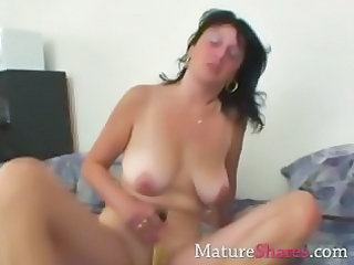 Dildo Masturbating Mature Mom SaggyTits Toy