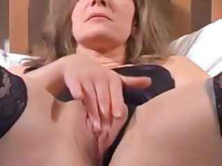 Close up Masturbating Mature Pussy