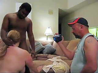 Amateur Blowjob Cuckold Interracial Mature Older Wife