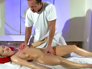 Erotic Massage MILF Oiled