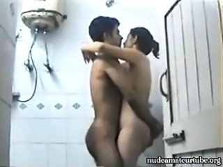 Amateur Girlfriend Homemade Indian Showers Teen