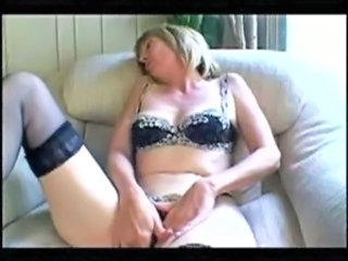 Amateur Masturbating Mature Orgasm
