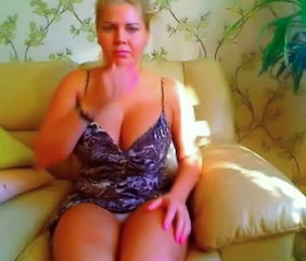 Big Tits Chubby MILF Natural Webcam