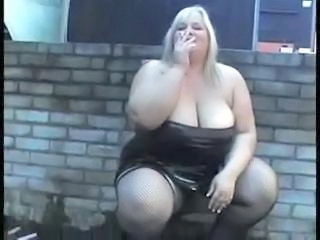 Amateur BBW Big Tits MILF Natural Smoking