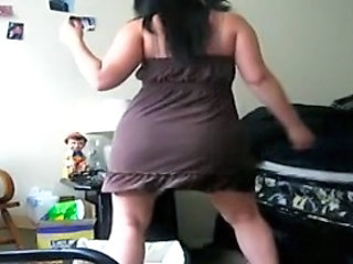 Chubby Dancing Webcam