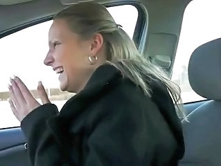 Amateur Cash Car MILF Pov