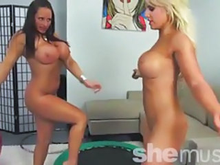 Megan avalon and nikki jackson getting bouncy 2 tubes