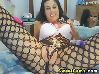 Holy cow Watch this uber hot hardcore webcam babe showcase her wide array of sex toys that made her cum each time she plays with it