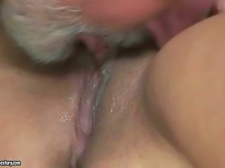 Close up Daddy Licking Old and Young Pussy Teen
